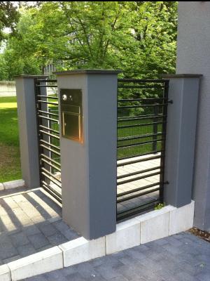 treppen gel nder balkone stahl und naturstein von. Black Bedroom Furniture Sets. Home Design Ideas