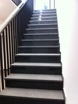betontreppe innen treppen und boden passend zum. Black Bedroom Furniture Sets. Home Design Ideas